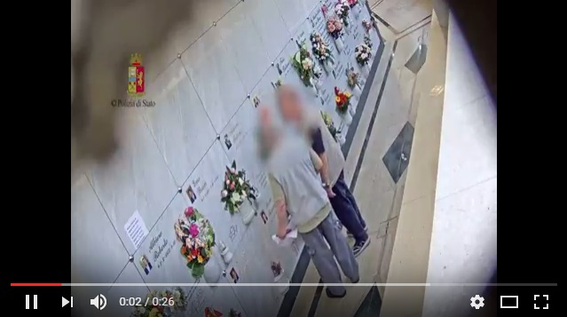 Ecco come rubavano al cimitero di Mestre (VIDEO)