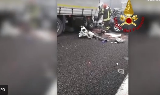 Tamponamenti a catena in A31 – Un morto